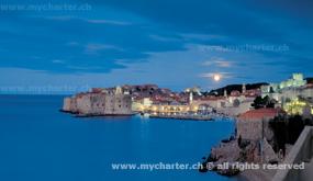 Kroatien - Dubrovnik bei Nacht