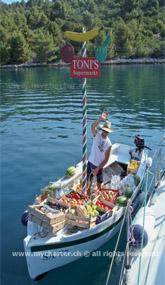 Kroatien - Dugi Otok - Früchte und Gemüselieferung per Boot