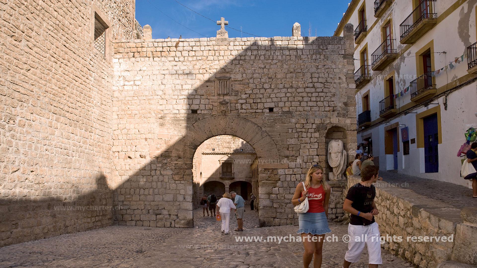 Mallorca - Murallas de Dalt Vila Ibiza